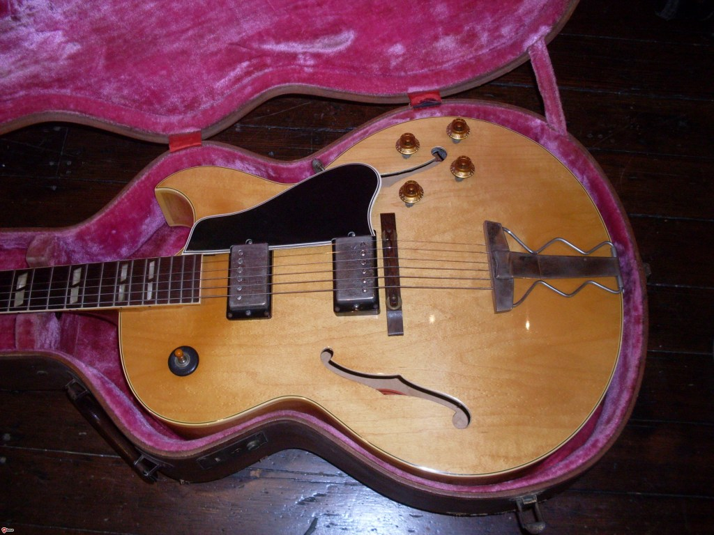 Most of these get scavenged for the very valuable parts. Not this one. All 59 features including the  big neck. 59 factory order. And it's blonde. WooHoo.