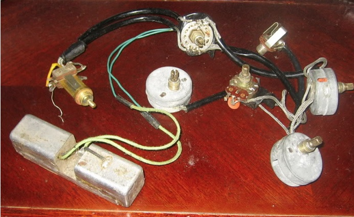 Guts. Glory.   The Gibson ES-335 on gibson les paul wiring mods, gibson 50s wiring, gibson switch wiring, gibson es-335 wiring,