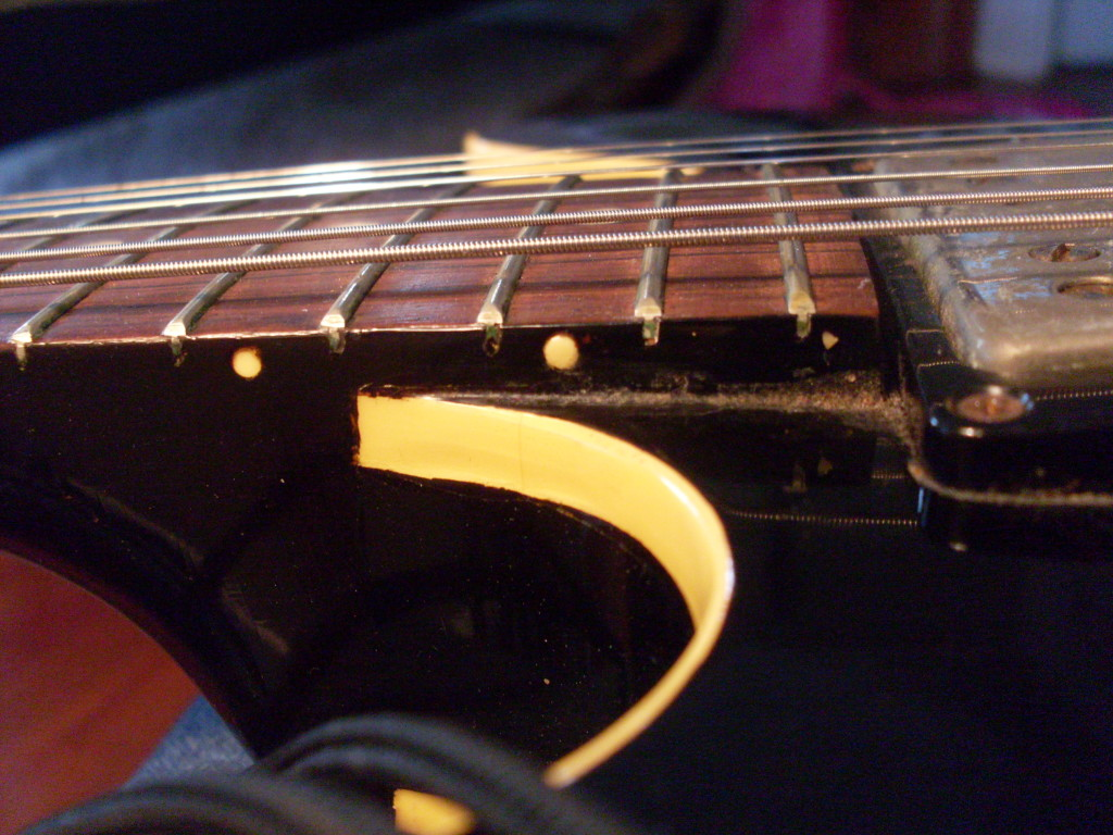 """Little"" frets on a 58 unbound 335. If the guitar is set up properly, you shouldn't have any trouble bending the crap out of the strings."