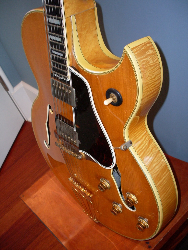 This 60 Byrdland has a spruce top and is fully hollow. Perhaps the prettiest guitar I've ever owned but it was not the best sounding. Find out why.