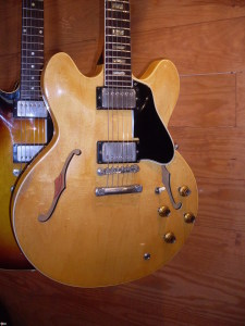 They didn't make any block neck 335's in blonde. Except this 63 and a lefty 64. There also a blonde 68 345 out there.