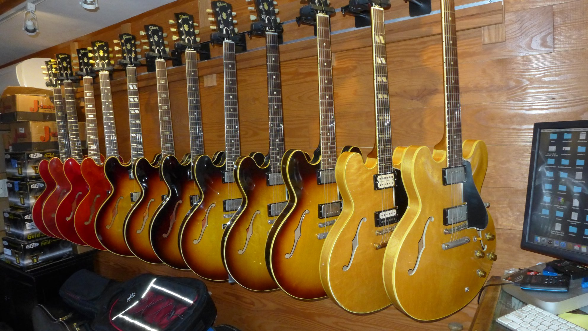 Gibson General | The Gibson ES-335