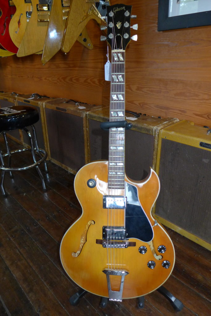 The Gibson ES-335